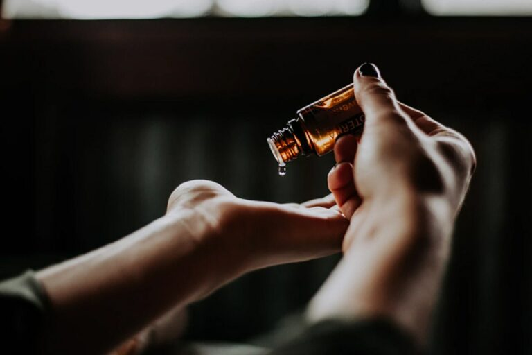 The Benefits of CBD Oils and Isolates
